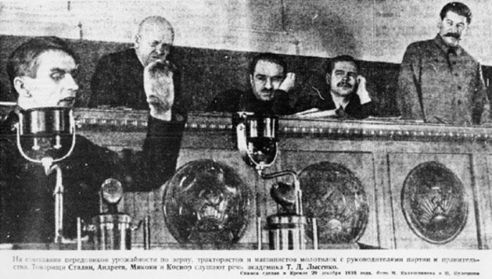 Fala de cientista na URSS em 20135