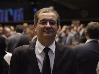 Foto do historiador Rodrigo Patto Sá Motta