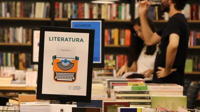 Leonardo da Vinci: a livraria que existe e resiste 1