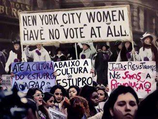 Montagem mostra mulheres em Nova York e no Brasil em manifestação feminista.