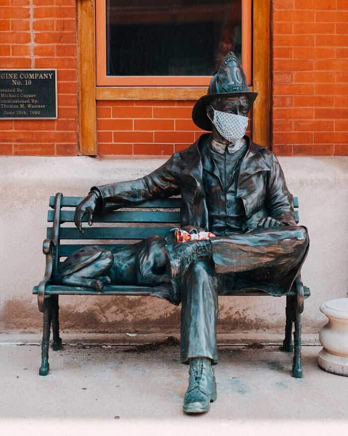 Estátua em Milwaukee, WI, EUA.  Foto: Tom Barret, Unpleash.