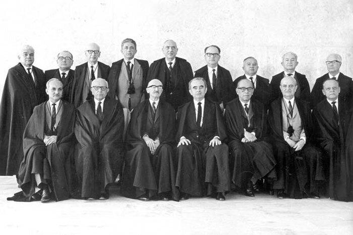 O STF em 1965, quando a ditadura militar aumentou o número de ministros de 11 para 16 (STF/Divulgação)