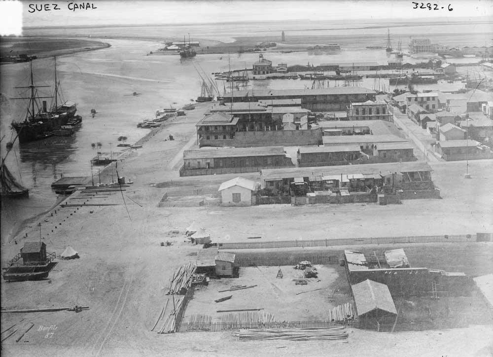 Canal de Suez em 1910. Foto: Library of Congress.