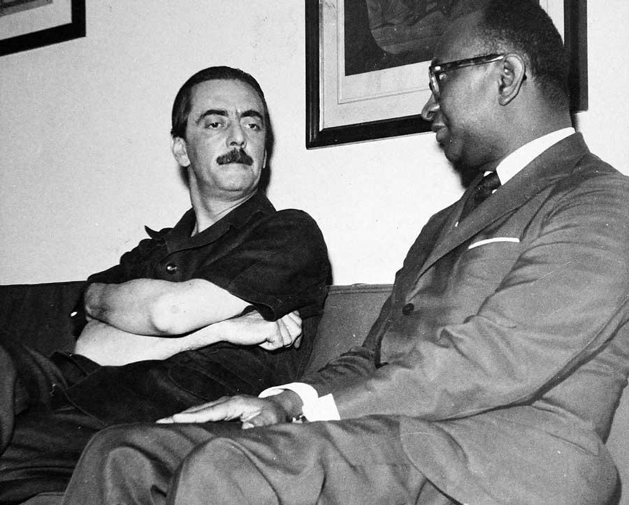 Livro examina a trajetória do primeiro embaixador negro brasileiro 2